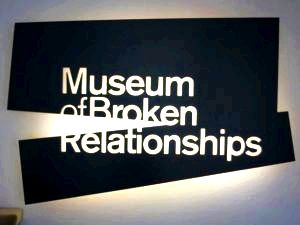 museum of broken relationships in zagreb entrance sign